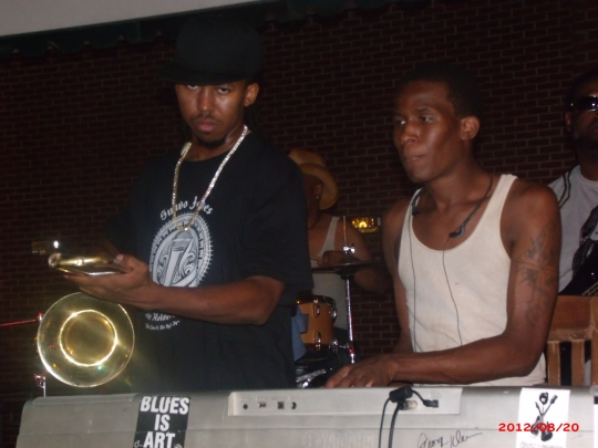Suavo J. and Mr. 88